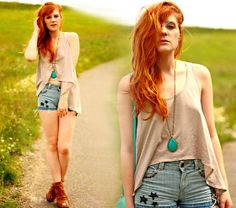 high low top . shorts . heels. turquoise necklage . red hair