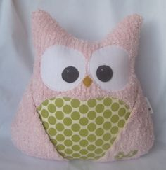 Gotta figure out how to make this :) so many of my friends have owl themed nurseries.