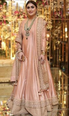 Order contact my whatsapp number 7874133176 Fancy Wedding Dresses, Party Wear Indian Dresses, Pakistani Fashion Party Wear, Pakistani Formal Dresses, Shadi Dresses, Designer Party Wear Dresses, Dress Indian Style, Pakistani Wedding Dresses, Pakistani Dress Design