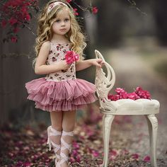 Such a doll! Cute picture of little girl in tutu and lace up ballet slipping.waiting for you dear Little Girl Dresses, Girls Dresses, Flower Girl Dresses, Girl Photography, Children Photography, Baby Girl Fashion, Kids Fashion, Kind Photo, Birthday Girl Pictures