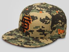 925ca02246a Ripstop Digital Camo SF Giants 59Fifty Fitted Cap by NEW ERA x MLB Fitted Baseball  Caps