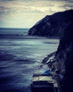 #passetto #ancona #passettoancona #mare #afterthestorm #sea #adriatic #adriatico #mycity #nature #mountainsandsea #volgomarche #volgoitalia #spiaggia #ascensore #panorama #lovelyancona #beautifulancona #igeurope #igersitalia #igersmarche #marchetourism #igersancona #igancona #instanature #yallersmarche #viaggionellemarche by marcoo827