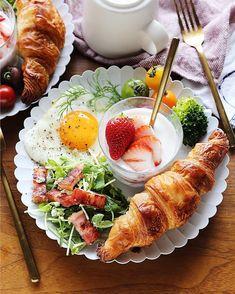 10分以内でハイ完成♡レンジ&トースターで作る「時短朝ごはん」7選 - LOCARI(ロカリ)