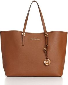 Michael Kors bags are always classic handbags that compliment any Ivy Jane outfit. www.ivyjane.com