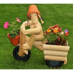 Our Flowerpot Men garden ornament characters are handcrafted by Flower Pot Garden Gifts of Kent. Wooden Garden Ornaments, Wooden Planters, Planter Boxes, Landscape Timber Crafts, Landscape Timbers, Garden Crafts, Garden Projects, Diy Wood Projects, Woodworking Projects