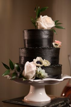 All black wedding cake- bold and different, but still beautiful!   photo by Shannon Christopher, via http://theeverylastdetail.com/bold-dramatic-blush-black-wedding-ideas/