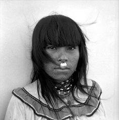 Mujer shipibo. Pucallpa, Perú, 1960.