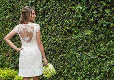 Patrícia e Roberto tiveram um mini wedding bem charmoso, em São Paulo! Inicialmente, a ideia era fazer um almoço apenas para os familiares, mas a noiva tin