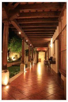 hacienda spanish style homes designs Hacienda Homes, Hacienda Style, Spanish Style Homes, Spanish House, Spanish Colonial, Mexican Hacienda, Casa Patio, Mexico House, Building A Porch