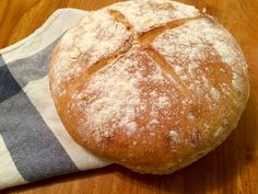 Pan Campesino – Receta Cooking Bread, Bread Baking, Cooking Recipes, Biscuit Bread, Pan Bread, Easy Meal Prep, Easy Meals, Argentina Food, Deli Food