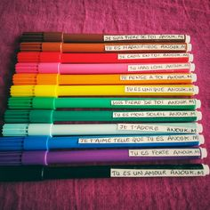 bohemianlibellule présente des crayons avec messages bienveillants, pour enfants TDAH, précoce, atypiques. Education positive, haut potentiel, confiance en soi