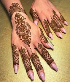 Tattoo foot finger henna designs 64 Ideas for 2019 Henna Hand Designs, Eid Mehndi Designs, Mehndi Designs For Girls, Mehndi Patterns, Beautiful Henna Designs, Latest Mehndi Designs, Simple Mehndi Designs, Henna Tattoo Designs, Indian Henna Designs