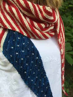 Ravelry: Protest is Patriotic Shawl pattern by nycraft craftivist Loom Knitting, Knitting Patterns Free, Knit Patterns, Hand Knitting, Knitting Tutorials, Knitting Projects, Knitting Ideas, Clothing Patterns, Stitch Patterns