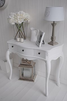 hallway decorating 378513543665654747 - Provence white console table for hall furniture Source by danbrefre Hall Table Decor, White Console Table, Console Tables, Hall Furniture, Furniture Assembly, Painted Furniture, Furniture Design, Flur Design, Hallway Inspiration