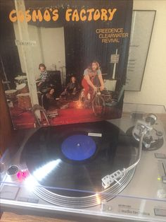 Credence Clearwater Revival - Cosmo's Factory  Original 1970 release on Fantasy Records 8402