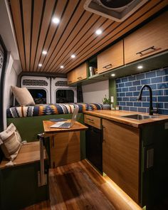 Van Conversion Interior, Camper Van Conversion Diy, Van Interior, Van Conversion Wood, Sprinter Van Conversion, Rangement Caravaning, Astuces Camping-car, Kombi Home, Vanz