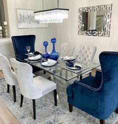 I'm loving the blue hues this season. My client is making a statement with this elegant dining room💙 Dining Room Blue, Dining Room Table Decor, Elegant Dining Room, Luxury Dining Room, Dining Room Design, Dining Room Furniture, Dining Area, Glam Living Room, Living Room Decor