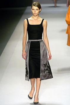 Givenchy | Fall 2004 Ready-to-Wear Collection | Style.com