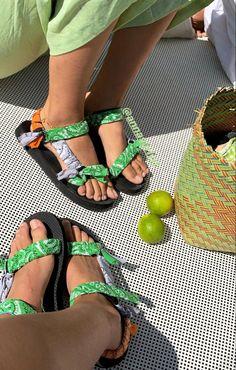 Birkenstock Mayari, Sport Sandals, Fashion Shoes, Footwear, Lights, Green, Shoe, Shoes, Lighting