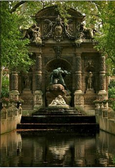 The Medici Fountain (fr: La fontaine Médicis) is a monumental fountain in the Jardin du Luxembourg in the arrondissement in Paris. It was built in about 1630 by Marie de' Medici, the widow of King Henry IV of France and regent of King Louis XIII of Fr Beautiful World, Beautiful Gardens, Beautiful Places, The Places Youll Go, Places To Go, Parks, Luxembourg Gardens, Belle Photo, Places To Travel