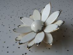 vintage Hattie Carnegie white flower brooch pin by ShoponSherman, $59.00
