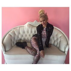 Pose for the camera👀👀👀 Jorden Jones, Pose For The Camera, Her Music, Best Day Ever, Her Style, Looks Great, Dancer, Photoshoot, Actresses
