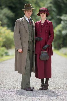Downton Abbey S3 - DAN STEVENS as Matthew Crawley and MICHELLE DOCKERY as Lady Mary