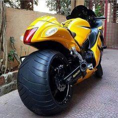 "23.5 mil Me gusta, 98 comentarios - Bikes • Superbikes • Trikes (@world_around_bikes) en Instagram: ""Yay or Nay? • Follow: @motorsport @motorsport • • Photo by: ? • #worldaroundbikes #custom #badass"""