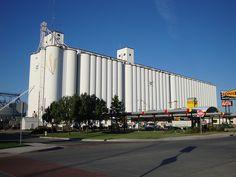 Dodge City Coop Grain Elevator (Dodge City, Kansas) by courthouselover, via Flickr Kansas Usa, Dodge City, Skyscrapers, Elevator, Country Life, View Image, Farming, River, Princess