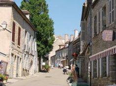 Vézelay-ambiance-rue.jpg