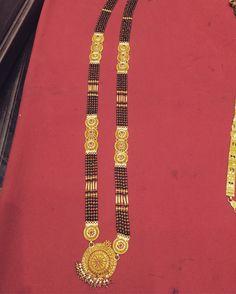 Gold Bangles Design, Gold Jewellery Design, Gold Jewelry, Beaded Jewelry, Diamond Mangalsutra, Gold Mangalsutra Designs, Gold Pendent, Indian Dresses, Bandana