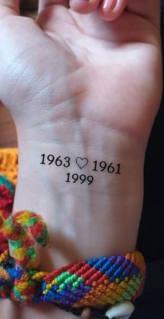 Mom Tattoos, Body Art Tattoos, Hand Tattoos, Get A Tattoo, Meaningful Tattoos, Piercings, Aesthetic Tattoo, Thin Tattoo, Tattoo For Son
