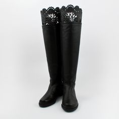 Dahlia Lace Boot Keeper Gray