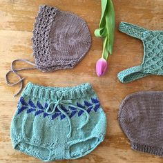 I love how knitting calms my mind. I cherish hand crafting. I make myself a cup of tea or coffee, a little snack, get my knitting needles out and sit down - if possible outside! I always carry my projects around in a little bag, so I can sit or stand where ever I get the chance and have a little knit.. even a row or two is fine! By the end of the day it feels so good to have found a little time for yourself, a little achievement you can actually see! I have had migraines since I was a teen…
