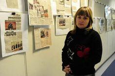 """""""Siguen las torturas y asesinatos de homosexuales en Chechenia"""", el duro relato de la periodista que denunció los campos de concentración en la región. LaSexta, 2017-04-25 http://www.lasexta.com/noticias/internacional/siguen-torturas-asesinatos-homosexuales-chechenia-duro-relato-periodista-que-denuncio-campos-concentracion-region_2017042558ff05640cf2ea95b02ede06.html"""
