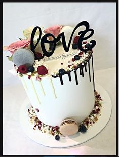 White and chocolate drip cake for a bridal shower made by Sweetsbysuzie in Melbourne