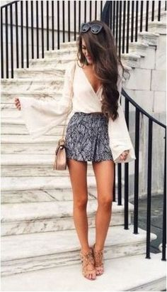 Impressive Black And White Summer Outfit Ideas 2018 24