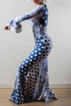 Moda Flamenca . Traje porcelana by La Tate Flamenco.