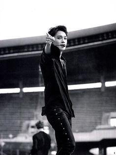 Chen EXo exordium dot 2017