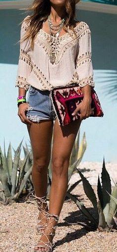 summer outfit idea: top + bag + shorts