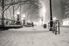 New York Winter - Snowy night in midtown Manhattan
