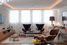 Sala - Gesso com aba serve para esconder a viga e fazer iluminação indireta.