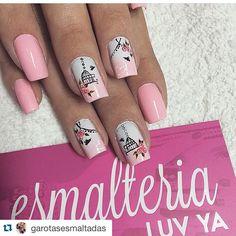 """#Repost @garotasesmaltadas with @repostapp. ・・・ Nails lindas by @nathalieesmalteria "" Photo taken by @alexandravicunaperry on Instagram, pinned via the InstaPin iOS App! http://www.instapinapp.com (07/22/2015)"