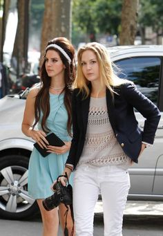 Lana Del Rey went lunch at Restaurant L'Avenue and shopping after at Sandro's Fashion Shop with her sister in Paris.