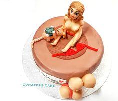 Adult Cake by gunaydin.cake