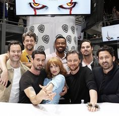 Best ppl ever gays It Movie 2017 Cast, Movie Tv, Penny Wise Clown, Serie Stranger Things, It The Clown Movie, Pennywise The Clown, Bad Friends, James Mcavoy, Jay Ryan