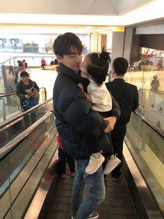 Cute Asian Babies, Korean Babies, Asian Kids, Cute Babies, Ulzzang Kids, Korean Boys Ulzzang, Ulzzang Couple, Cute Family, Family Goals