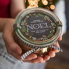 These labels are ready for you to download, personalize and print for the perfect chalkboard style on your foodie gifts.