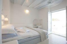 Calme Laurel Deluxe Room in Paros!