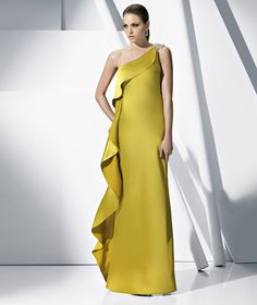 London by Pronovias Cocktail Collection. great #bridesmaids option or for other formal #wedding events for the #bride. Mother of the bride/groom, someone should wear it, lol.